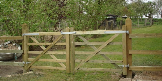 5-Bar Gates and Fencing1